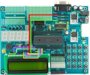 Schemat podłączenia wyświetlacza LCD zgodnie z biblioteką.